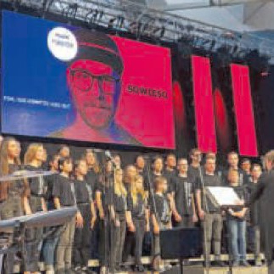 "Starker Auftritt: Jugendchor ""Young Generation"" mit Dirigentin Martina Gerok"